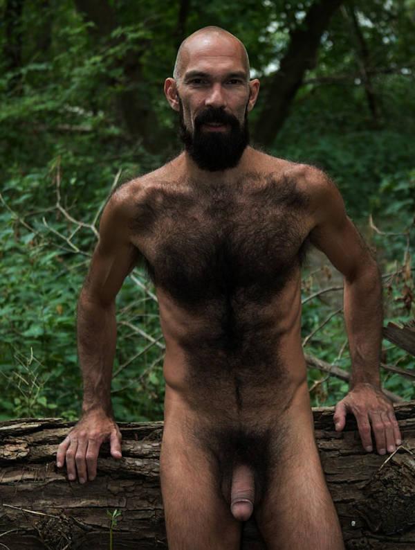 Homme gay cherche sensualité, jeux coquins, massages réciproques